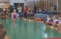 Tornaversenyt rendeztek a Hevesi-iskolában