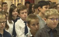 Angolból és németből versenyeztek a Kőrösi-iskolában