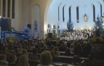 Karácsonyi ünnepséget tartott a Kőrösi-iskola