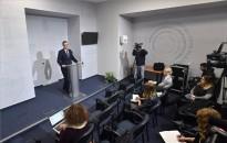 Rétvári: bővülnek és emelkednek az ápolási díjak