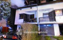 Kigyulladt egy Kaán Károly utcai sorház egyik lakása