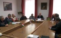 Megtárgyalták a csütörtöki közgyűlés határozati javaslatait a VÜB tagjai