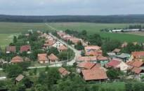 A falusi csok az ingatlanpiaci tranzakciók 15-18 százalékát érintheti
