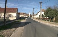 Átadták a felújított Fő utcát Újudvaron