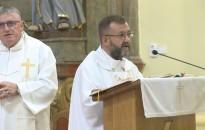 A papságról –  (köszönöm, hogy elfogadják szolgálatomat)