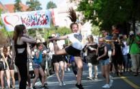 Utca Tánc Fesztivál 2019: táncosok és méz minden mennyiségben