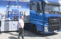 Megismerhették az érdeklődők az év tehergépkocsijának választott vontatót Nagykanizsán