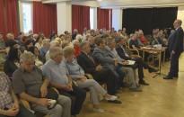 Lakossági fórumot tartott a miniszterelnök belbiztonsági főtanácsadója