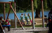 Felavatták a Csónakázó-tó játszóterét