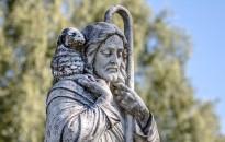 Ima a papokért és a szerzetesekért