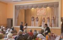 Versben, énekben és táncban is összemérték tudásukat a szeniorok