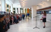 Rozgonyis diákok alkotásaiból nyílt kiállítás a HSMK-ban