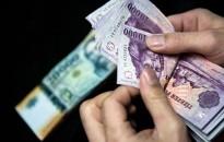 A magyarok közel fele megszokásból fizet készpénzzel egy kutatás szerint