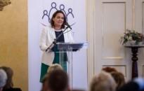 Novák: egy ország akkor lehet sikeres, ha a munkahelyek támogatják a családokat
