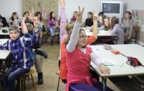 Bódis József: nem csorbulnak a szülői jogok a köznevelési törvény módosításával