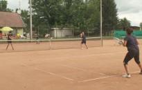 Nyílt, amatőr páros teniszversenyt rendeztek