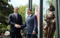 A magyar és a szerb államfő jelenlétében felavatták Hunyadi János zimonyi szobrát