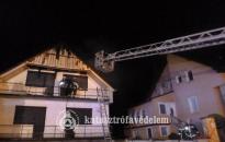 Kigyulladt egy családi ház tetőszerkezete Nagyrécsén