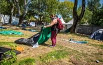 Sziget - Rászorulók kapják a fesztiválozók hátrahagyott 600 sátrát