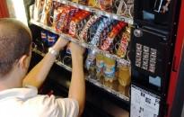 Blokkolhatja az élelmiszer-automatákat a NAV, ha valaki nem fizeti meg a felügyeleti díjat