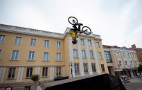 Kerékpáros bemutatókkal folytatódott a Giro-váró fesztivál