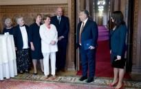 Orbán: átlagosan 20 ezer forint nyugdíjprémiumot és 11 ezer forint nyugdíjkiegészítést fizetnek novemberben