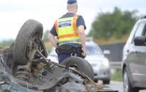 Hatvanan haltak meg közúti balesetben az elmúlt egy hónapban