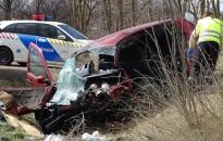 Mintegy ötvenen haltak meg közúti balesetben októberben