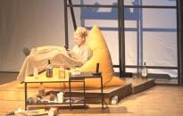A Táncórák című színművet tekinthette meg a kanizsai közönség a Hevesi-bérlet évadnyitó előadásán