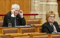 Legfőbb ügyészt és alkotmánybírót választ a Ház jövő héten