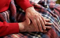 Évekig élnek együtt az idősek az ágyi poloskával