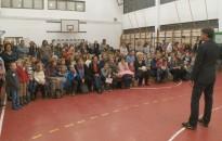 Manók, varázslók, ajándékok és kézműves-foglalkozás a Zrínyi-iskolában