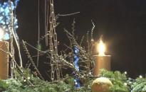 Már két gyertya ragyog a város adventi koszorúján
