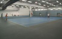 Tenisz: 9 város, 19 pár