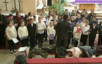 Horvát nyelvű szentmisével egybekötött adventi ünnepséget tartott a Zala Megyei Horvát Nemzetiségi Önkormányzat