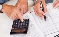 Kevesebbet késnek a számlák kifizetésével a magyar vállalkozások