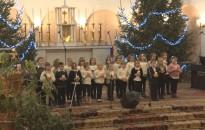 Hangversennyel, színdarabbal és versekkel várják a karácsonyt a hevesisek
