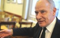 Bogárdi Szabó István: karácsonykor azt ünnepeljük, hogy Isten mindenbe beleavatkozott