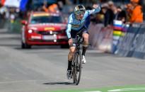 Giro d'Italia - Budapesten rajthoz áll a belga időfutam Eb-győztes