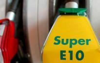 A régebbi autók tulajdonosai keressék fel szerelőjüket az új üzemanyagok miatt