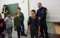 Iskolások ismerkedtek a tűzoltói hivatással