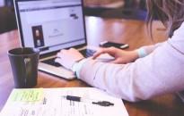 Rugalmas munkát szeretnének a munkába visszatérő szülők