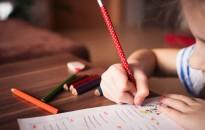 Mintegy tízezer gyerek felmentését kérték az iskolakezdés alól