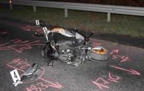 Ittasan motorozott egy kanizsai férfi, belehajtott az előtte lassító Fordba