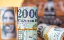 A bruttó kereset 11,4 százalékkal 367 800 forintra nőtt tavaly