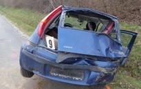 Súlyos sérüléseket szenvedett az ittasan árokba hajtó sofőr