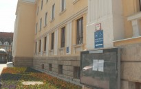 Megváltoztak a bírósági épületekbe való belépés szabályai