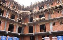 Az első negyedévben éves összevetésben csökkent az induló projektek száma