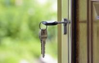 Márciusban 23 százalékkal visszaesett az ingatlanpiac