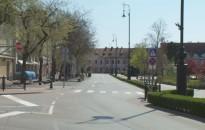 Üres utcák és terek, kihalt szabadidőközpont Nagykanizsán